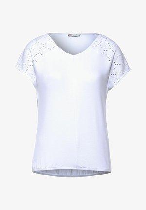 MIT SCHULTERDETAIL - Print T-shirt - weiß