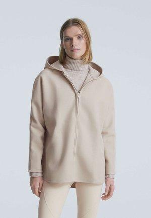 OVERSIZE AUS PLÜSCH - Zip-up sweatshirt - beige