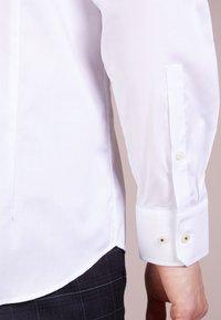 JOOP! - PANKO - Formal shirt - weiß - 3