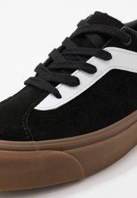 Vans - BOLD NI - Trainers - black - 6