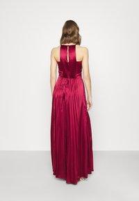 Chi Chi London - KELLI DRESS - Suknia balowa - burgundy - 2