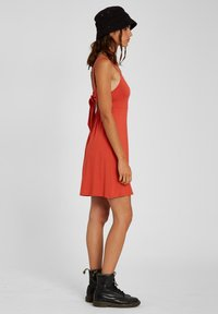 Volcom - EASY BABE DRESS - Day dress - rosewood - 2