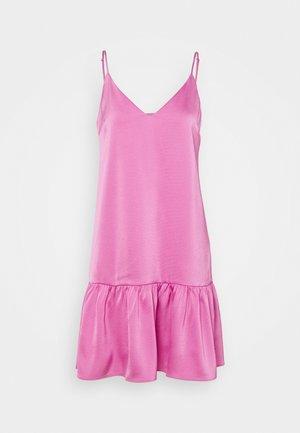JUDITH SHORT DRESS - Freizeitkleid - bubble gum pink
