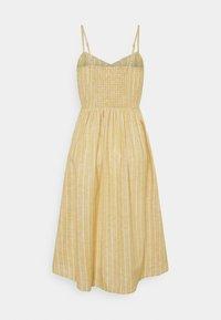 ONLY Petite - ONLVIVIAN-CANYON LONG LIFE DRESS - Kjole - golden spice/cloud dancer - 1