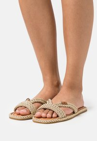 kate spade new york - CAPTAINS - Mules - gold - 0