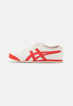 Sneakersy niskie - cream/fiery red