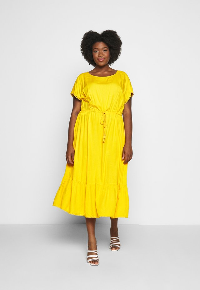 DOBBY DRESS - Robe d'été - deep golden yellow