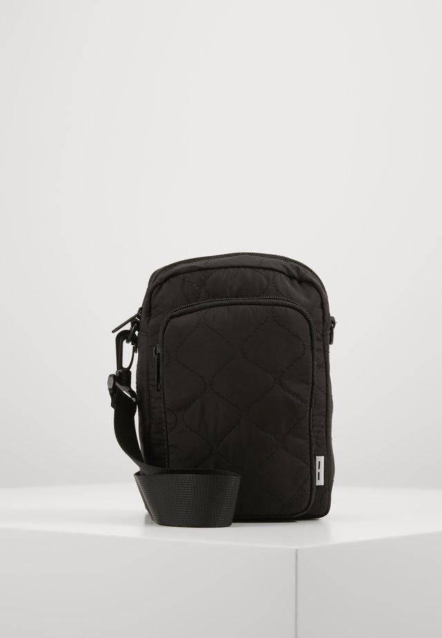 ASTAK BAG  - Across body bag - black