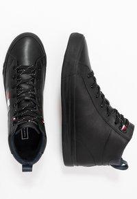Tommy Hilfiger - FLAG DETAIL - Sneakers high - black - 1