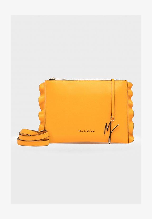 Across body bag - giallo