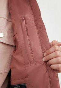 Finn Flare - Winter jacket - dark pink - 4