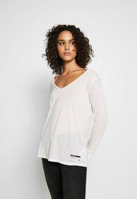 G-Star - GYRE UTILITY V-NECK LONG SLEEVE T-SHIRT - Long sleeved top - milk - 0