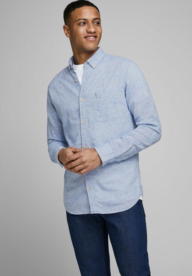 SLIM FIT  - Vapaa-ajan kauluspaita - cashmere blue