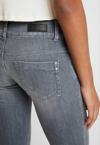 LTB - MOLLY - Jeans Skinny Fit - luce wash - 5