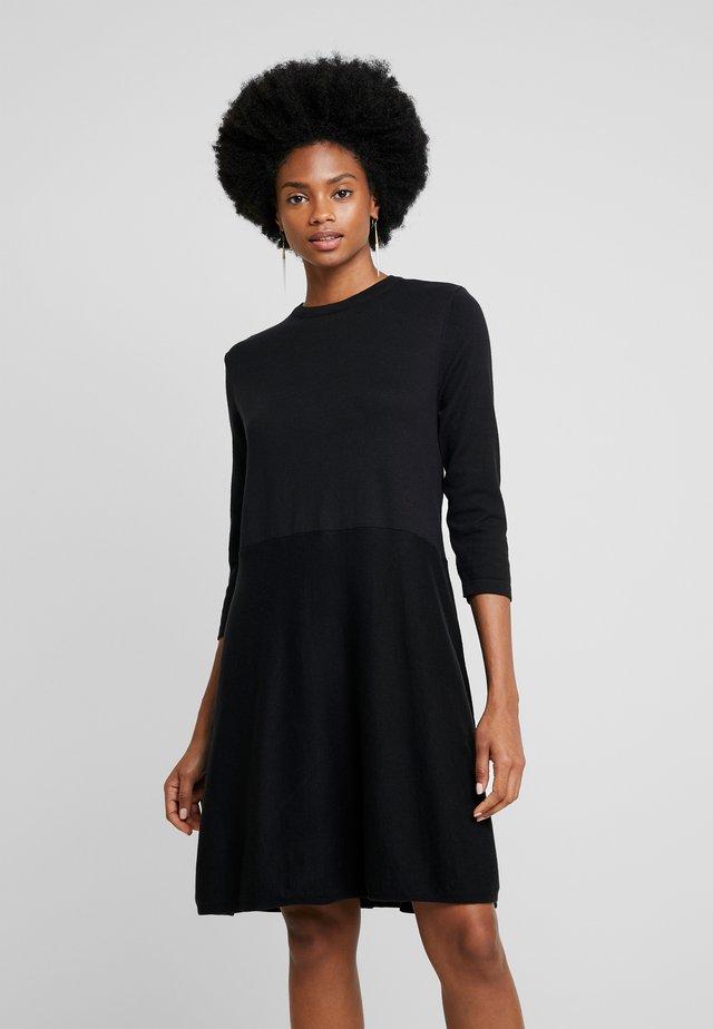 RADIBA - Abito in maglia - black