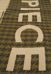 Codello - LOVE PIECE DOGTOOTH - Scarf - olive - 3