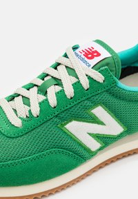 New Balance - 720 UNISEX - Tenisky - varsity green - 5