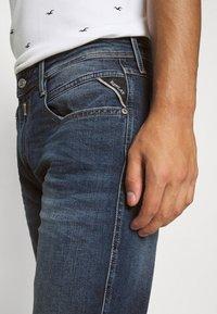 Replay - ANBASS - Straight leg jeans - dark blue denim - 4