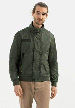 MIT STEHKRAGEN - Bomber Jacket - green