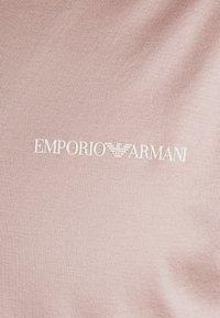 Emporio Armani - Basic T-shirt - light pink - 5