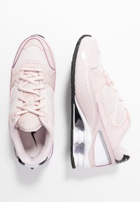 Nike Sportswear - SHOX ENIGMA 9000 - Sneakersy niskie - barely rose/reflect silver/black - 3