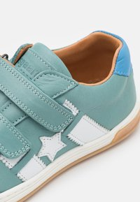 Bisgaard - JOHAN - Touch-strap shoes - mint - 5