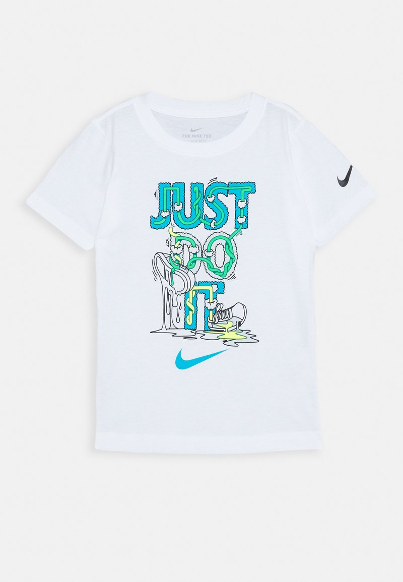 Nike Sportswear - BOYS TEE - Print T-shirt - white