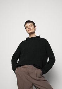 Filippa K - MIKA FUNNEL NECK - Jumper - black - 3