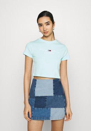 BABY TEE - Print T-shirt - aqua coast