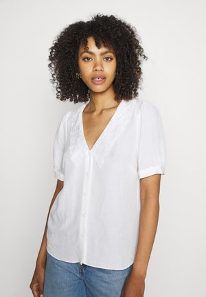 ELLIE EMBROIDERED COLLAR BLOUSE - Button-down blouse - cream