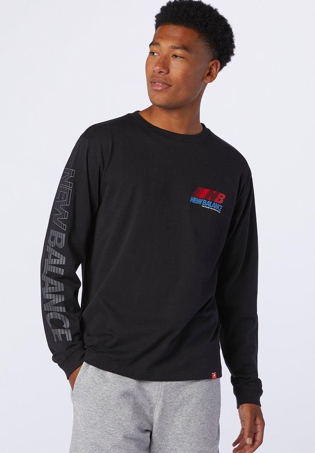 ESSENTIALS SPEED - Maglietta a manica lunga - black