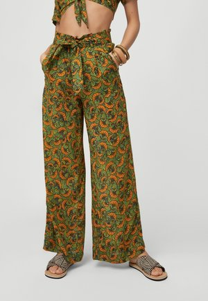 Trousers - yellow with green