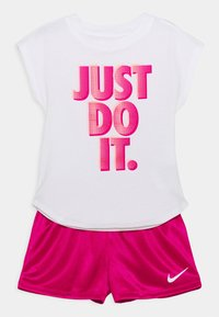 Nike Sportswear - GRAPHIC SET - Triko spotiskem - fireberry - 0