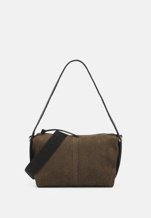 HOBO S - Handbag - nori green