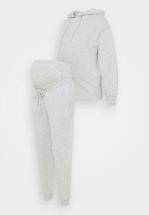 SET - Hoodie - light grey
