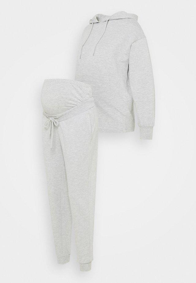 SET - Sweat à capuche - light grey