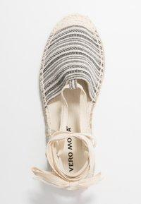 Vero Moda - VMTILA  - Loafers - black - 3