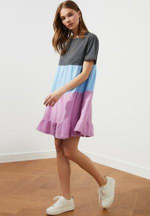 Sukienka z dżerseju - grey