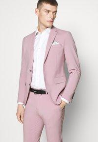 Lindbergh - PLAIN MENS SUIT - Kostuum - purple - 6