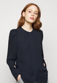 Theory - RUCHED BLOUSE - Blouse - navy ink - 3