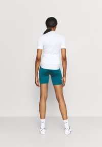 Dare 2B - HABIT SHORT - Tights - dragonfly green - 2