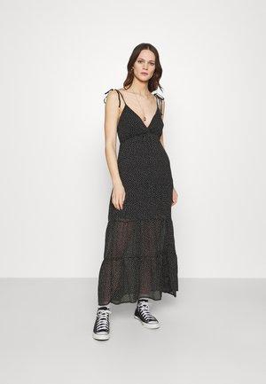 LOVE STRUCK DRESS - Maxi dress - black