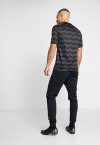 Nike Performance - DRY PANT - Spodnie treningowe - black/anthracite - 2