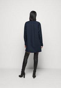 MICHAEL Michael Kors - Shirt dress - midnightblue - 2