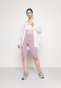 Even&Odd - SEAMLESS RIB CYCLING SHORTS - Shorts - purple - 1