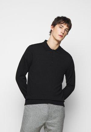 RESPONSIBLE POLO - Stickad tröja - black