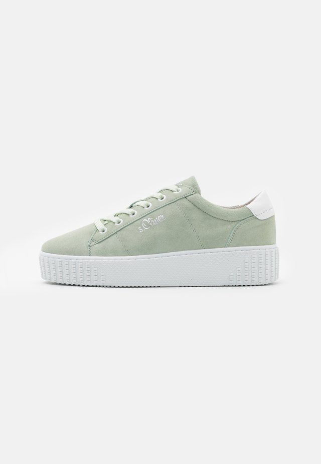 Sneakers laag - soft green