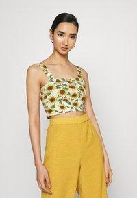Monki - Top - black dark/sunflower/white - 1