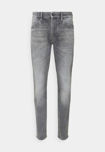 REVEND FWD SKINNY - Jeans Skinny Fit - sun faded glacier grey