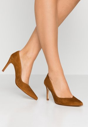 MINA - Classic heels - amaretto